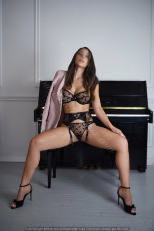 Laura Fox *** Independante, Super Reviews *** Incall Atwater ***