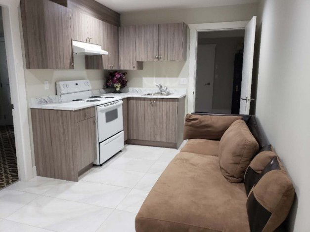 The BRAND NEW Suite For Rent in surrey
