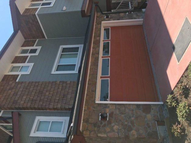 Brand new townhouse for rent in Mapleridge