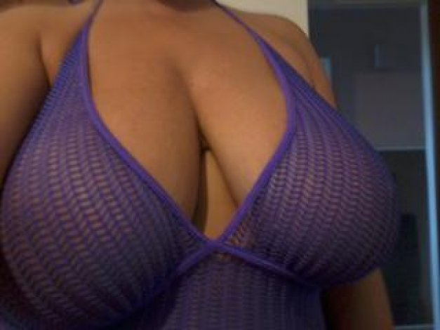 🏐🏐 J cup jugs Juliette. Biggest natural melons. Sexy brunette - 32