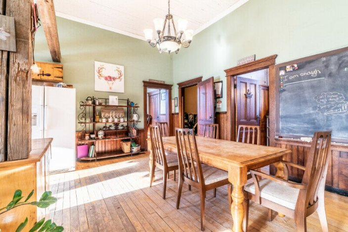 Converted 1912 School House On A Country Corner 1 Acre Lot.