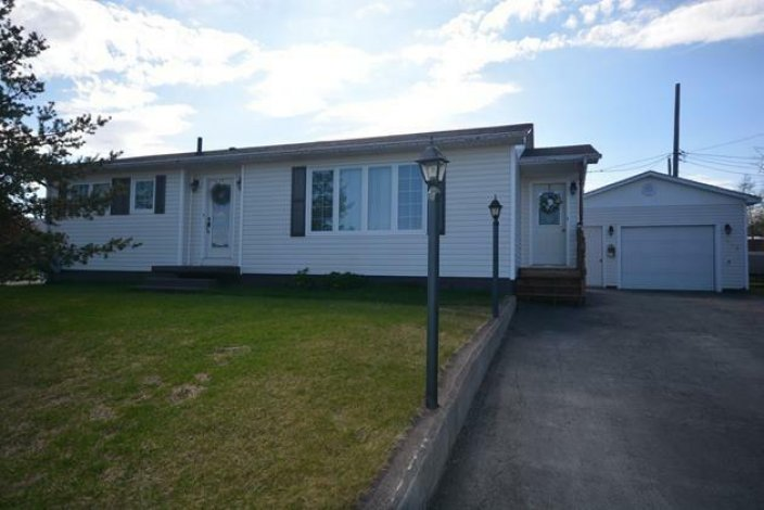 Price Reduced!! 319 Beverly Cr $298,000.00