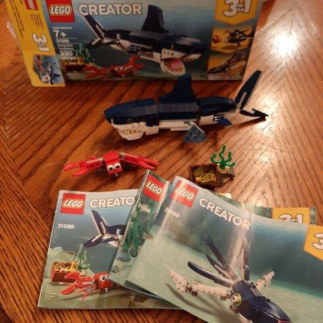 Lego requin Creator 31088