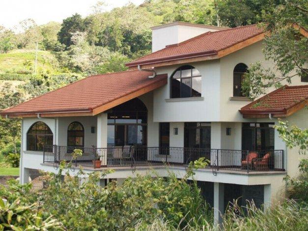 COSTA RICA Executive Home with Accessory Apartment - PURA VIDA