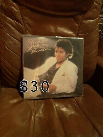 Vinyl Records Mint .
