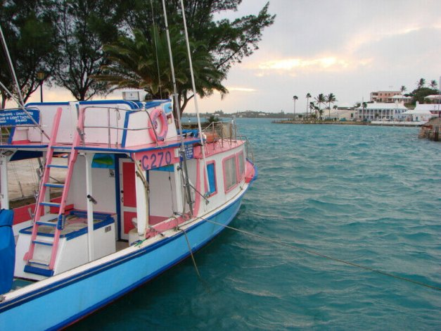 Bermuda 5-star August vacation for 6