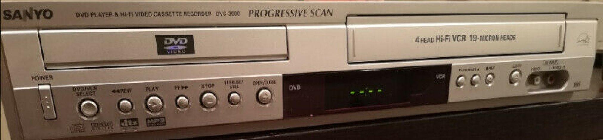 VCR DVD combo - Sanyo DVC 3000 $60 ONO