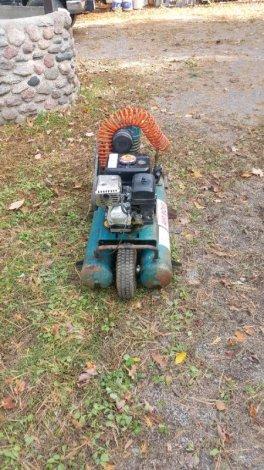 Gas air compresser